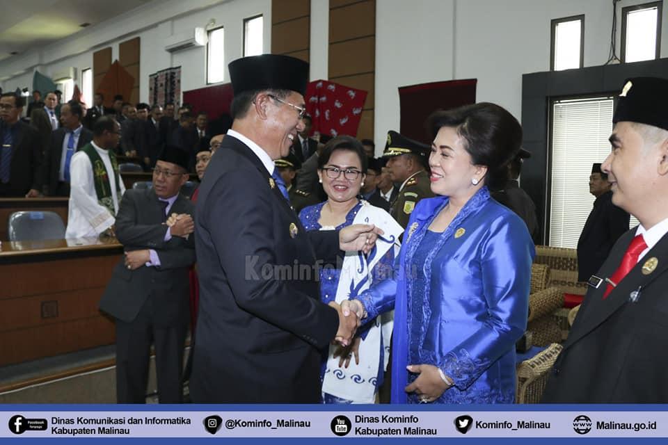 pengucapan-sumpah-janji-anggota-dprd-kabupaten-malinau-periode-2019-2024