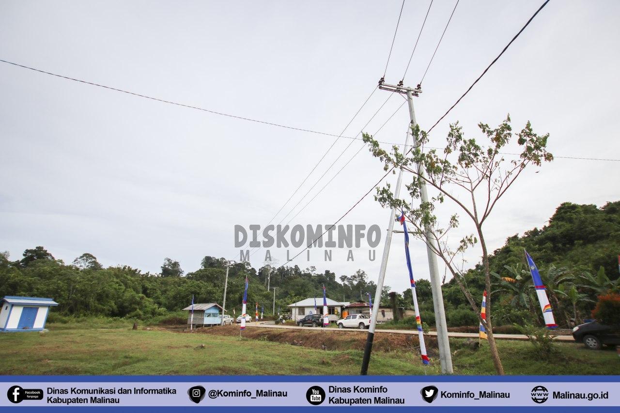 bupati-malinau-resmikan-jaringan-listrik-pln-di-3-desa