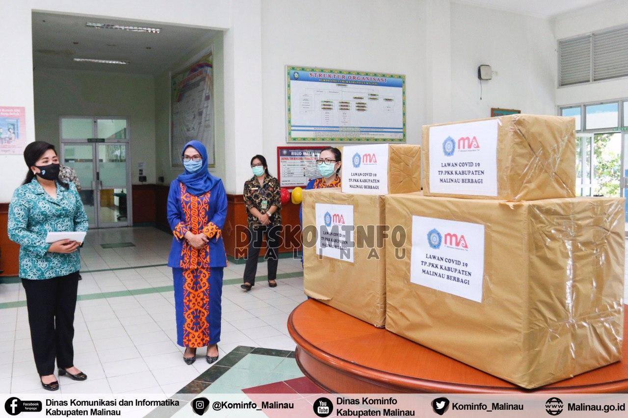 pkk-kabupaten-malinau-berikan-bantuan-kepada-petugas-kesehatan